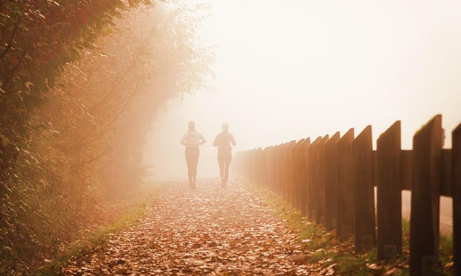 Herbst: Mit diesen 3 Tipps bleibst du gesund und fit!
